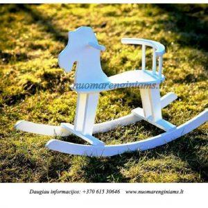 14-medinis-baltas-arkliukas